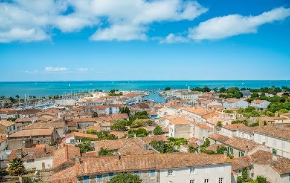 Secret Spots of Île de Ré - Travel Guide NEAR & YONDER